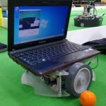 A sideways-driving-laptop robot